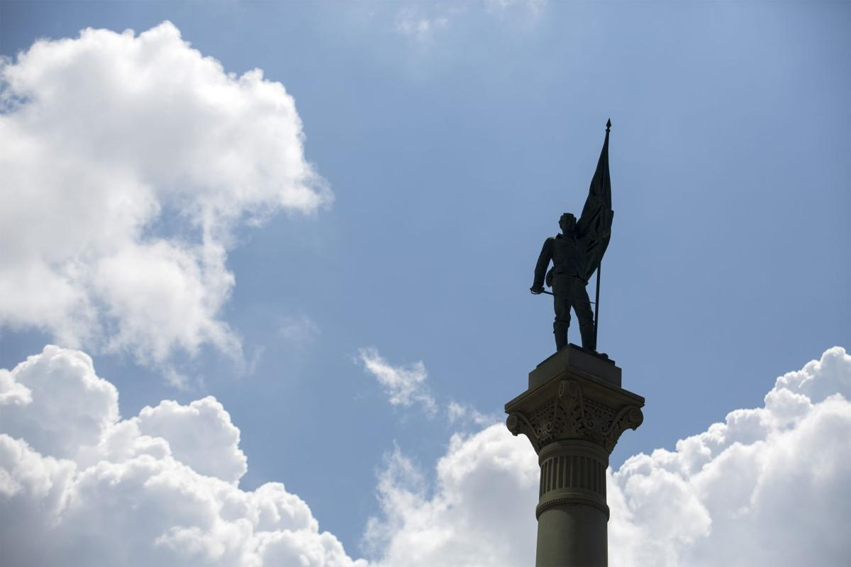 Norfolk sues Virginia over law on statues