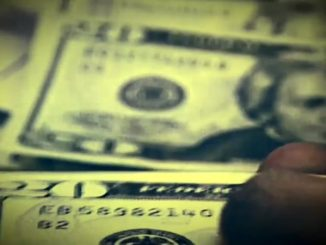 New bill would require personal finance to be taught in school
