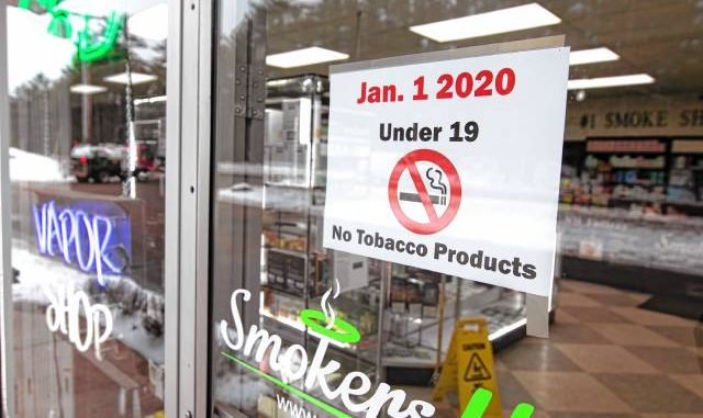New federal law on tobacco sales overrides new state law, to much confusion